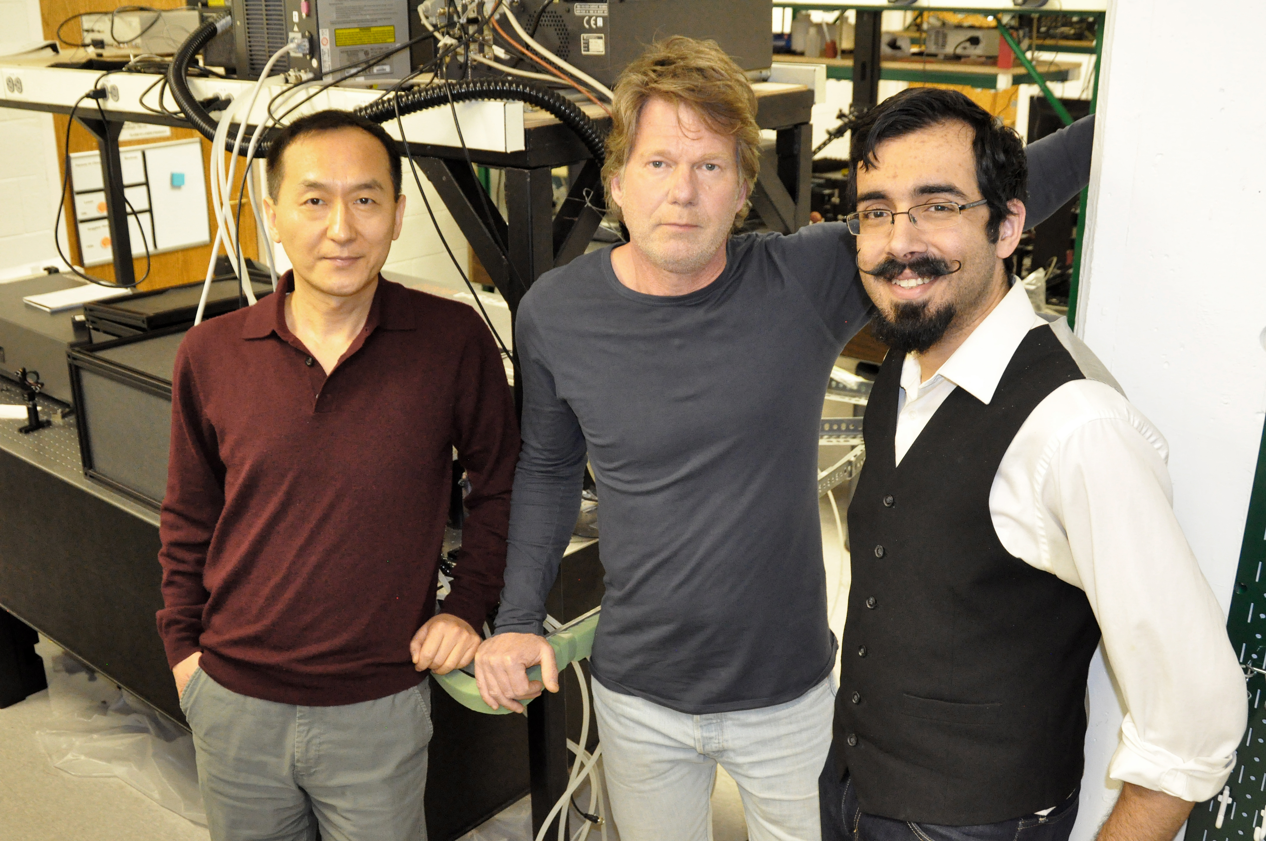 Prof. Chunlei Guo, Rubins J. Spaans and Erik Garcell in the lab in Rochester NY (photo courtesy of Prof. Chunlei Guo)